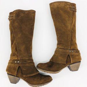 Crown Vintage Brown Suede Side Zip Boots Size 8M